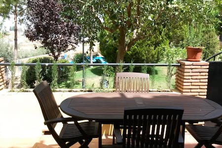 Lugar perfecto para tu visita a Granada en coche - Ogíjares