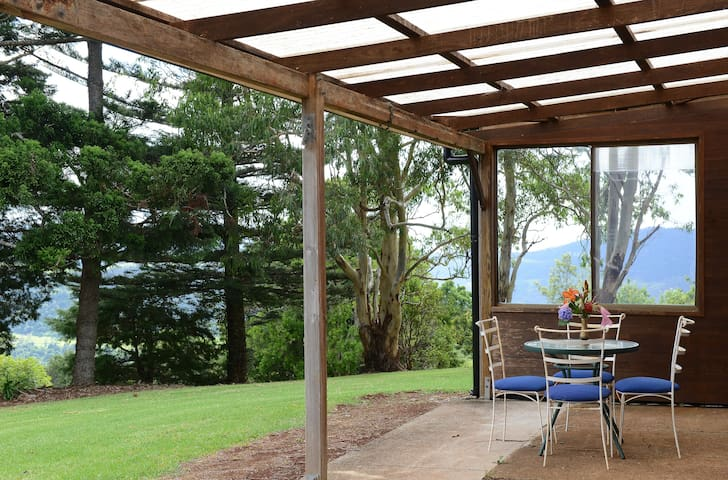 Beechmont Cottage Gold C'st Hinterland Mtn Retreat