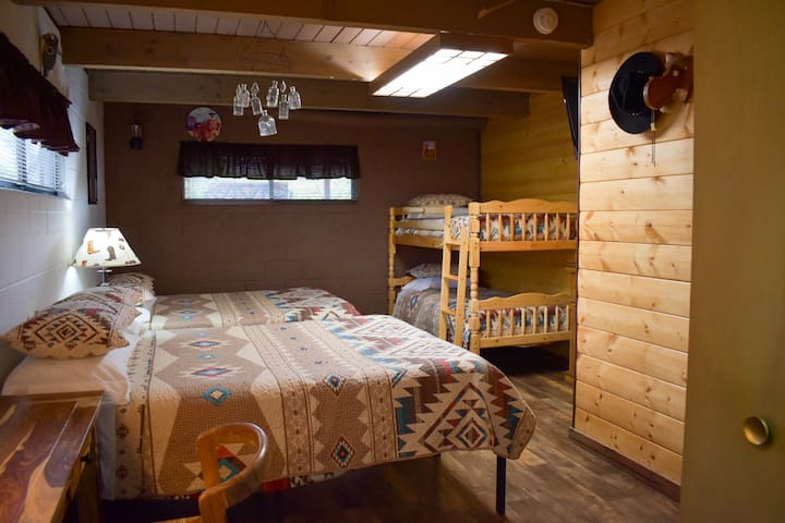 Your Large Private Bedroom. 2 Queen Beds and 1 set of Bunk beds.