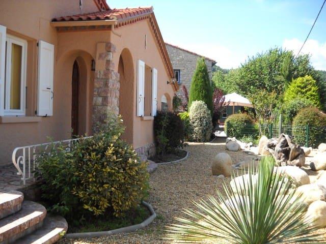 Romantic villa in the foothills