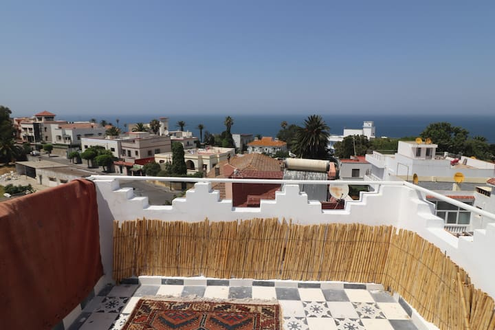 Home Away From Home ! Comfy flat 2/4 P near Kasbah
