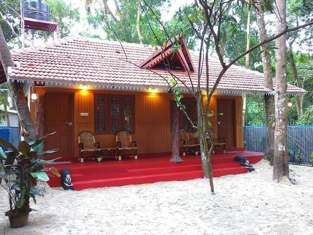 MARARI BEACH HOUSE