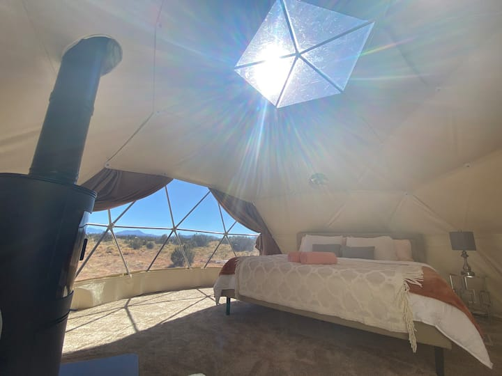 Desert Stargazing dome for 4