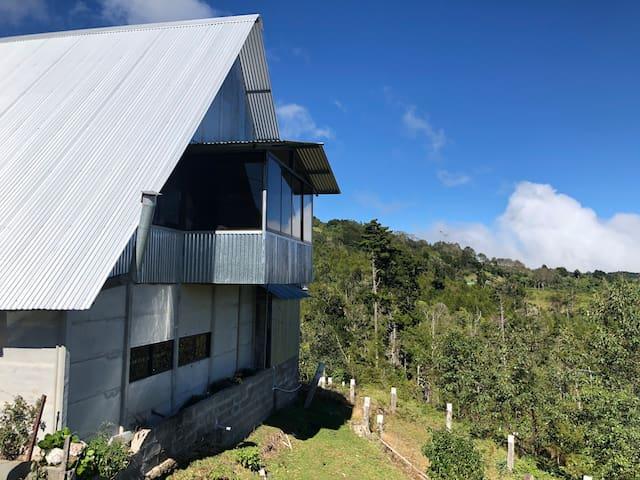Cabaña De Montaña en Zona Alta De Macho Gaff