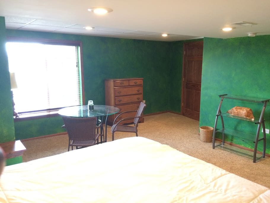 Garden Room w/ King Bed (Partially finished basement)