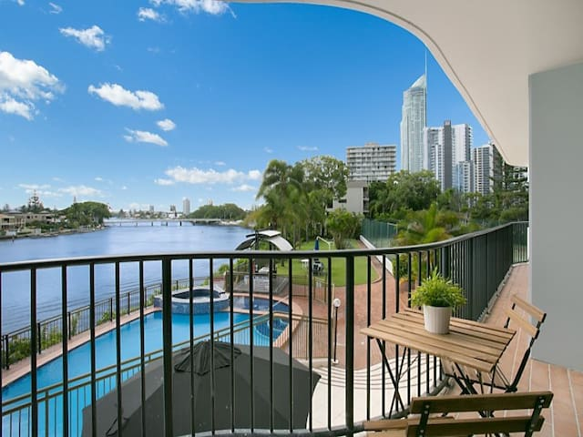 Surfers Paradise Riverfront - private twin room - Surfers Paradise - Apartamento