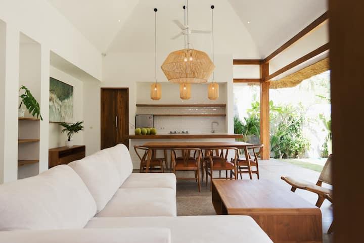 Tropical living in Central Kuta - Villa 3@Loop