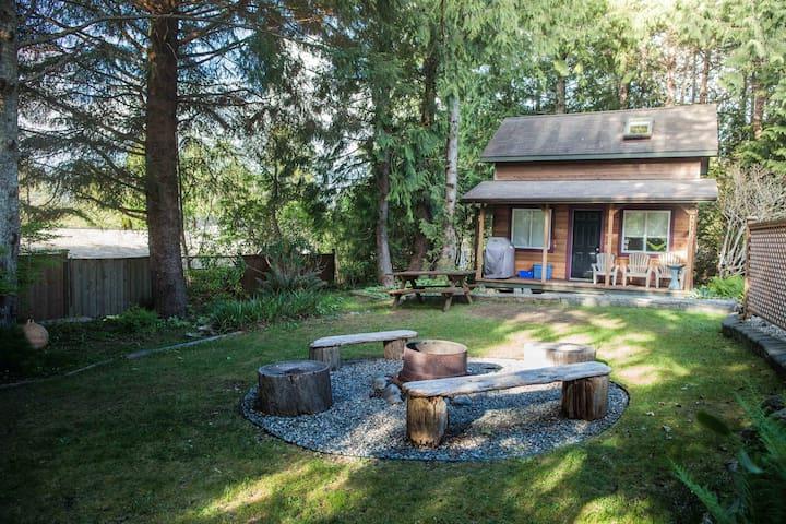 Norah House Retreat Studio Loft Cabin