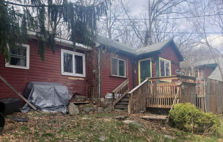 1.5 Bedroom Cottage in New Hampton/Goshen