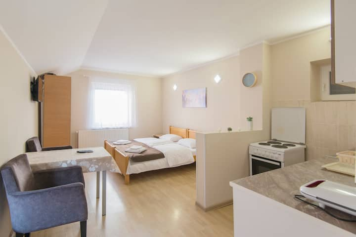 Apartment Lira 3