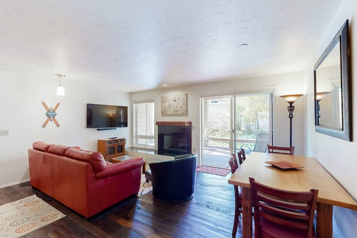 Family-friendly condo w/ a shared, heated pool, gas fireplace, & free WiFi