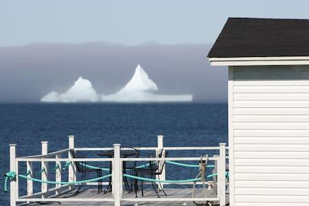 Norder Cove Cottage, Elliston Newfoundland