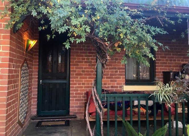 Gurwood Cottage