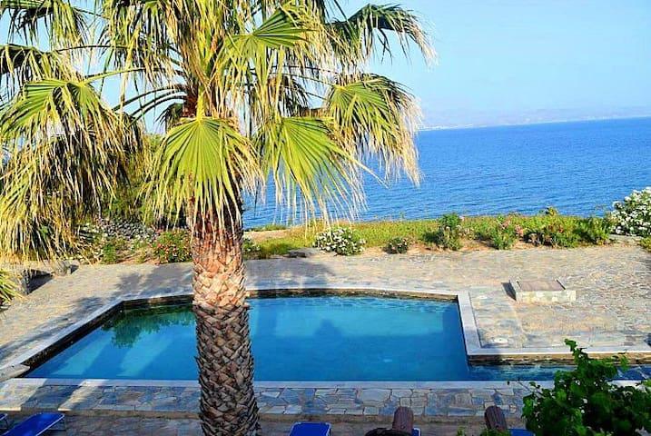 Wonderfully Unique Villa in Paros - Ampelas - Villa