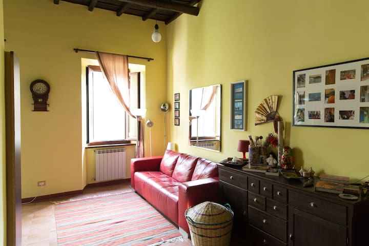 Comfortable House in Medieval Area - Viterbo - Dom