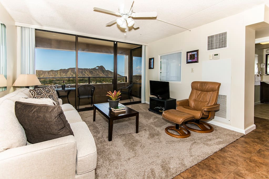 Sophisticated Living Room with Breathtaking Diamond Head View!