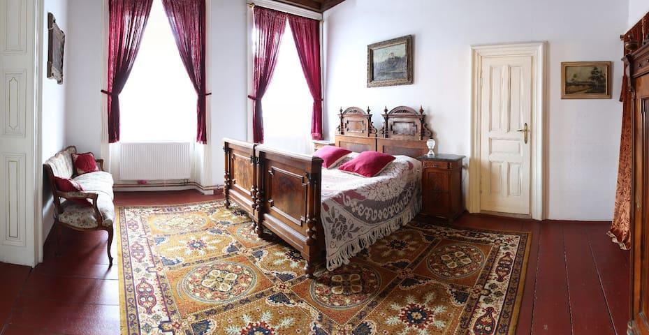 Red Suite - bedroom
