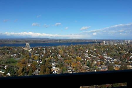 Beautiful Penthouse suite - Ottawa - Huoneisto
