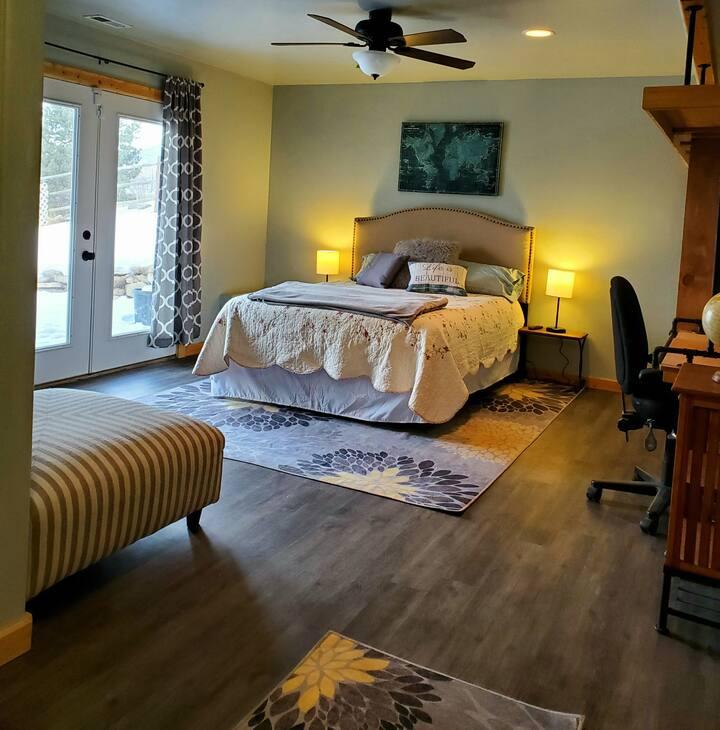 Homestead Haven Studio Apartment