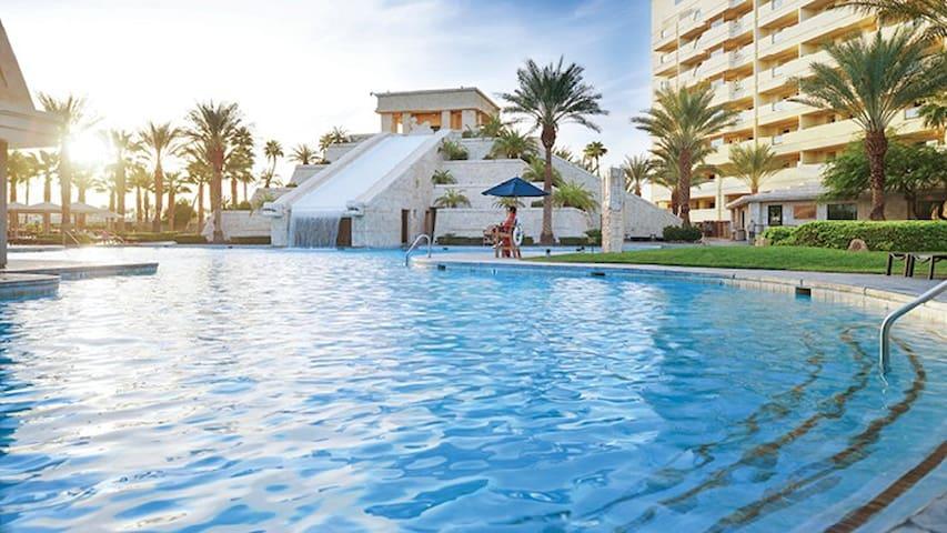 Cancun  Resort Las Vegas- 2 bdrm  CES