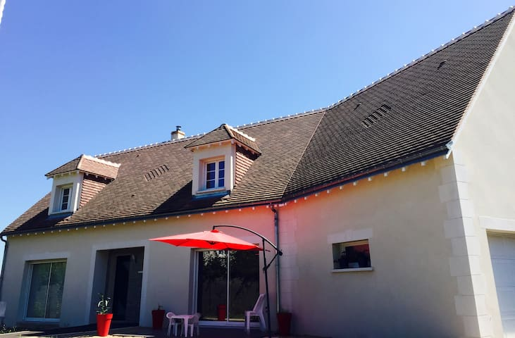 Chambre privée proche Châteaux de la Loire (v) - Azay-sur-Cher - Ev