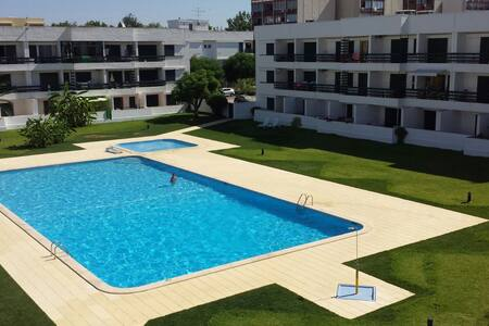 Centraly Located Apartment at Vilamoura - Quarteira - Lakás
