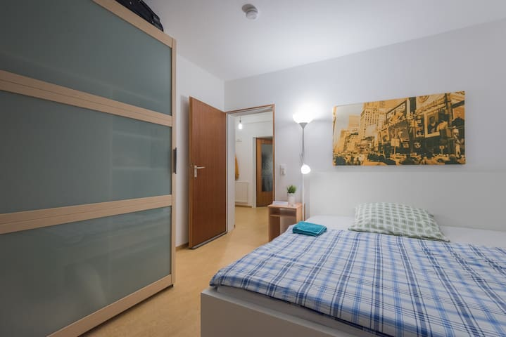Cosy room:5min train station, University, congress - Mannheim - Apartamento
