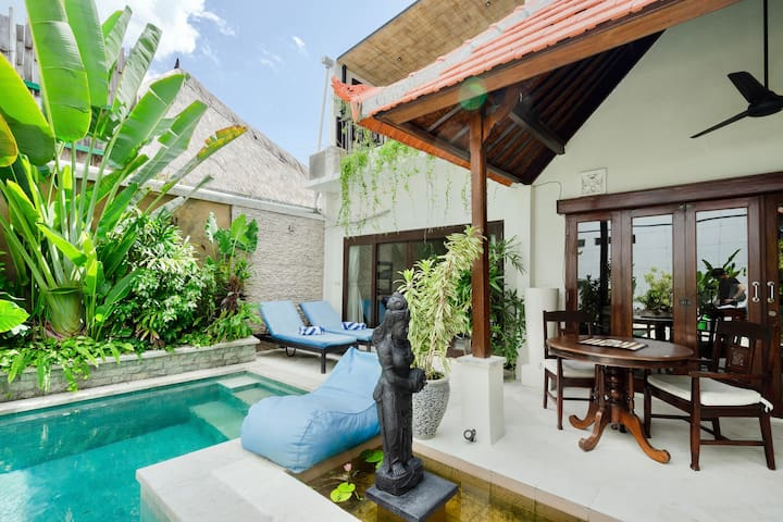 Boutique 3BR Balinese Private Pool Villa, Seminyak