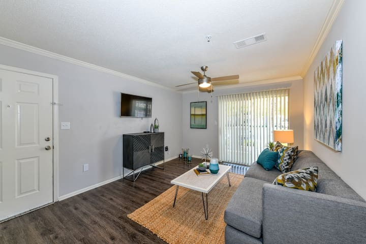 Stay as long as you want | 1BR in Conyers