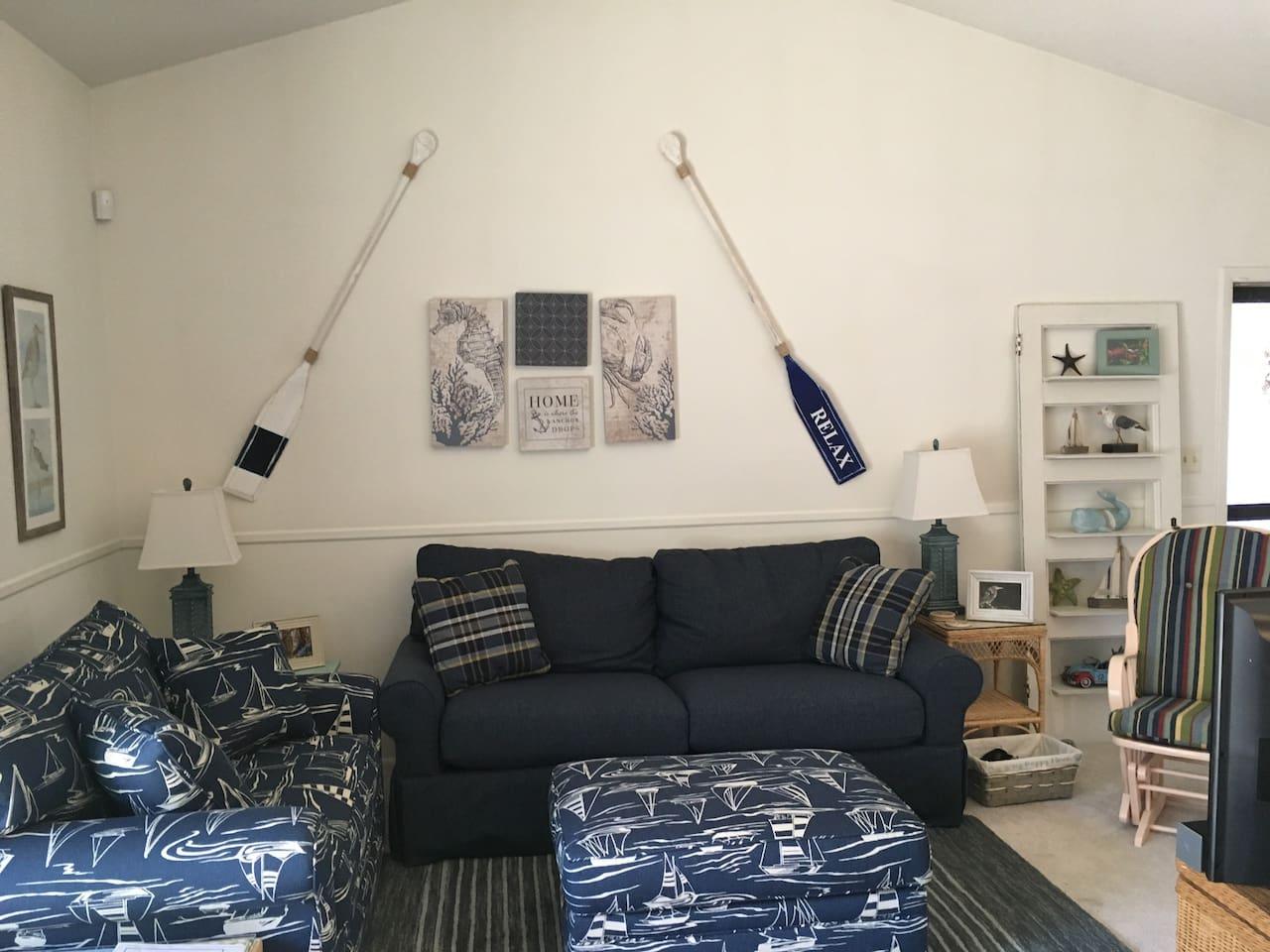 "Living Room W/Sleeper Sofa 40"" TV"