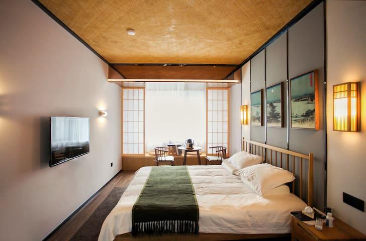 【葭也民宿】蒹葭-西湖现代日式特色大床房