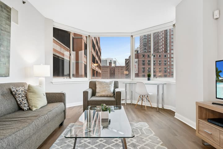 Spacious 2BR | WiFi+Work Desk | Jersey City by GLS