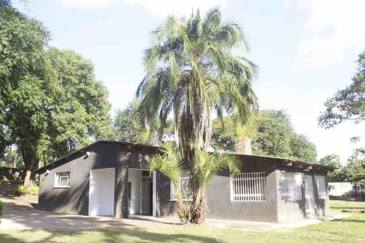St Josef Elegant Home Namiwawa Blantyre