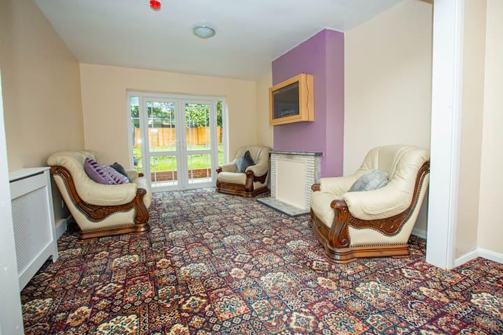 NEW Unique 2 Bedroom House In Wellingborough
