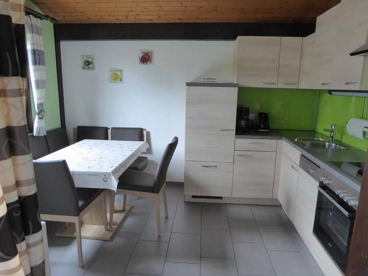 Ferienwohnung Behringer, (Immenstaad am Bodensee), Ferienhaus, 66qm, 1 bis 5 Personen