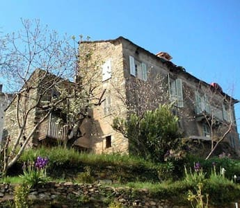 Appartement 2 chambres à Pietra Di Verde