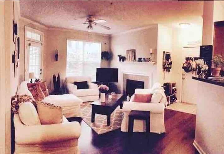 Concord West of the Ashley (LT, ask ab furnished)