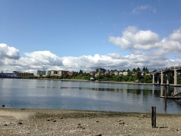 Bremerton Manette Waterfront studio close to ferry