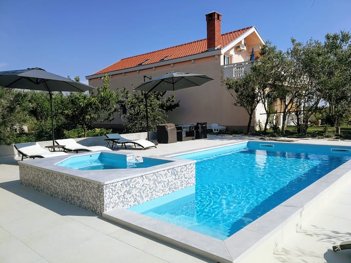 Studio apartment (2+1) with Pool -Villa Fora Maris