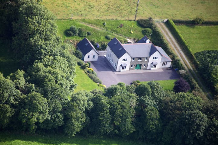 PK Lodge Bed and Breakfast Skibbereen