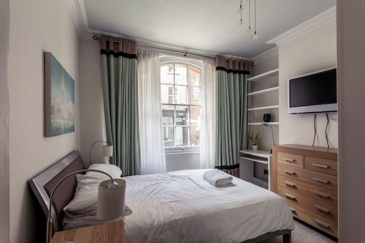 ★ Beautiful Oxford Street Central Apartment ★
