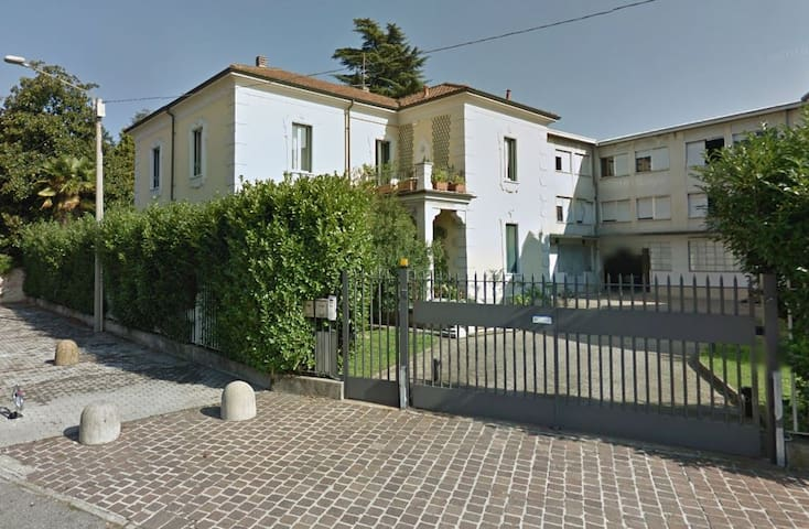 Charming Lombardy Village 30min from Milan center