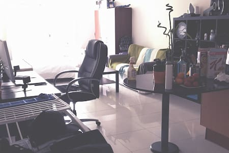 Modern Big Studio - Dubai - Wohnung