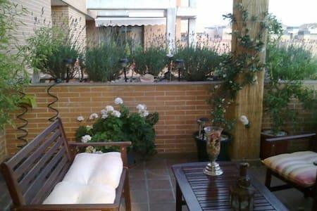 Habitacion doble e individual - Yebes - Apartamento