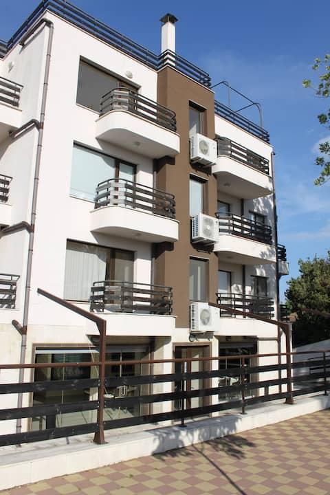 Luxury apartment in Morski Briz, Byala