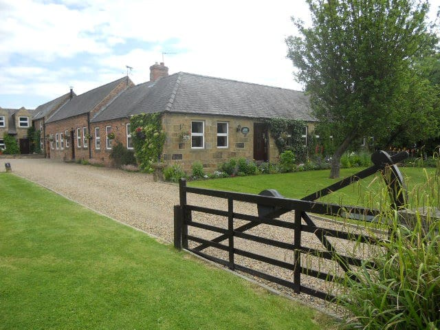 Granary cottage - Longhirst