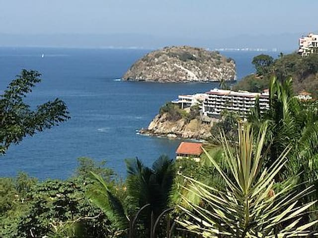 Villa Overlooking Mismaloya Beach and Los Arcos - MX - Hus