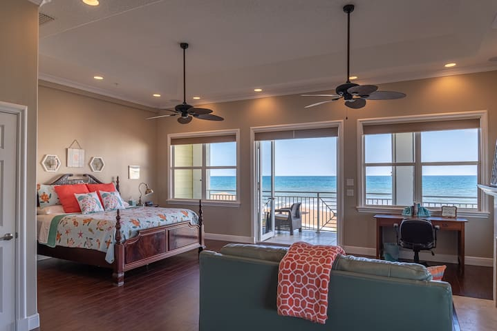 Your Dream Vacation Awaits At Our Beach House!