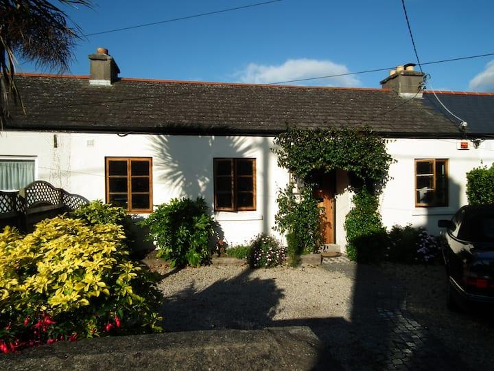 4 bedroom seaside cottage in Dublin