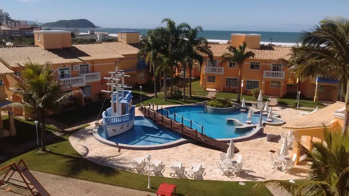 CASA EM CONDOMÍNIO ALTO PADRÃO - Praia de Palmas